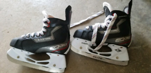 Kids Easton Ice hockey skates.