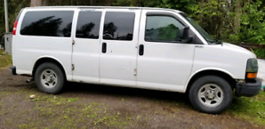 Reduced 2006 chev Express Passenger van