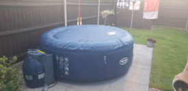 Lay z spa New York hot tub 6-8 people
