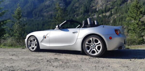 2003 BMW Z4 ROADSTER 3.0  B.C.  CAR  Manual/Automatic