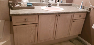 64 inch single vanity great condition!