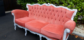Vintage Chesterfield Sofa....Vgc...Used for Wedding!!....Quick Sale.