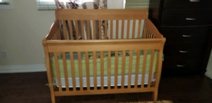 great condition baby crib