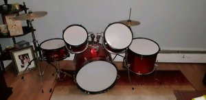 Childrens 5 piece drum set