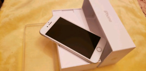 IPHONE 7 32GB EXCELLENT CONDITION FACTORY UNLOCKED.