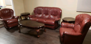 100% Italian leather sofa and two matching chairs+coffee tables