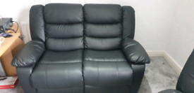 2 seater & 1 seater black leather recliners