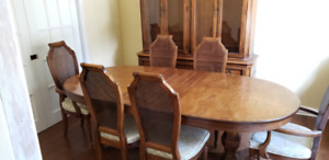 DINING ROOM SET  -  (10 PC.)