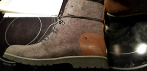 Brand new North Face women's winter boots