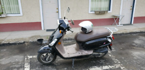 LOWERED PRICE! Sym Fiddle (scooter)