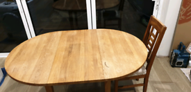 Oak kitchen table and 2 chairs