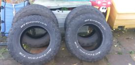 Tyres 265/70/17