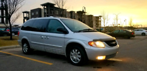 2004 Chrysler Town & Country Special Edition Limited