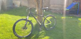 """Mens bike Voodoo bantu 27.5 """" wheels. Hydraulic disc brakes"""