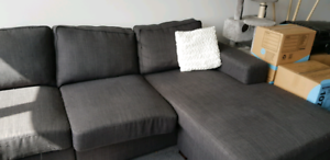 6 seater couch with movable chaise