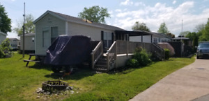 3 bdrs cottage at Sherkston Shores for rent $500