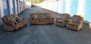 4 piece matching couch set - excellent condition
