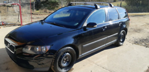 2005 Volvo V50 **no rust** In great shape