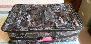 Large suitcase & Small suitcase.