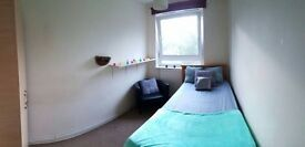 amazing single, canning town, 30 min canary wharf, 45 min liv street, ONLY 125PW EASTER SPECIAL CALL