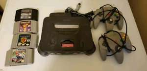 Nintendo 64 console, 2 controllers, 5 games