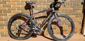 Felt ZW 2 Ultegra Di2, women's specific road bike