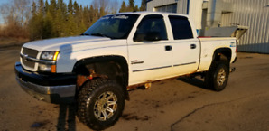 2004 chev duramax lots of extras!!