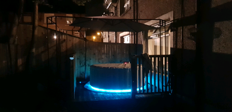 Mspa Lite Glow Hot Tub With Colour Changing Led Lights