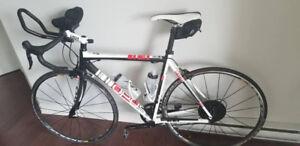 Vélo de route Opus one Andante monocoque carbone performance t-7