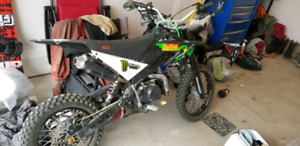 Awesome little pit bike