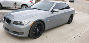 Mint  condition bmw 335i coup convertible