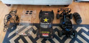 1/8 brushless team associated sct 4x4 roller