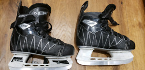 Kids Hockey Skates - CCM Intruder