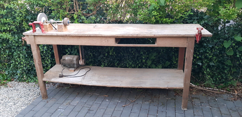Pleasant Large Work Bench With Vice And Grinder In Christchurch Dorset Gumtree Gmtry Best Dining Table And Chair Ideas Images Gmtryco
