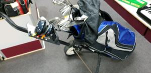 Golf set; axis clubs