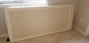 2 Serta king bunkie board box spring excellent condition