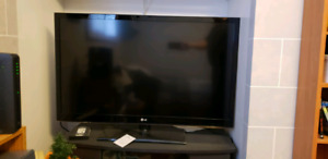"47"" LG TELEVISION for sale"