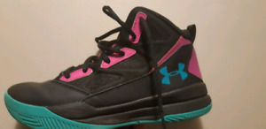 Basketball Sneakers (Size 5 Youth)