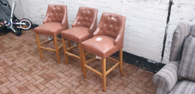 MANOR TAN BROWN LEATHER OAK BAR STOOLS