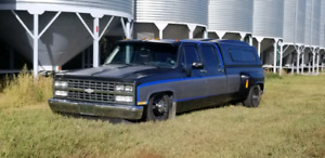 1989 Chevy Dually Bagged