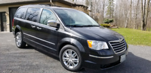 2008 Chrysler Town and Country Wheelchair Modified Van