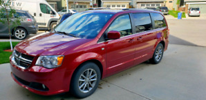 Dodge Caravan 2014 - 30th anniversary edition- leather