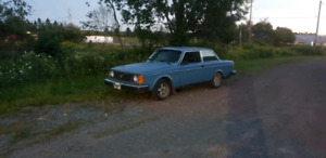 1980 Volvo 242 DL Coupe LOW KMS!