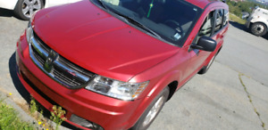 PRICE REDUCED 2009 Dodge journey LOW KM