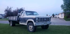 1986 Ford 350 custom 460