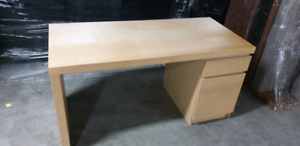 DESK - GOING CHEAP!!