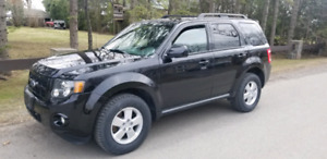Ford Escape XLT 2011 4x4 97k