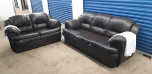2 peices Sofa Set Leather/read description pls