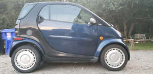 Smart pure fortwo 2006 150000km turbo diesel 2000$
