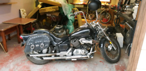 Yamaha v-star 650 Harley rep. Sale or trades